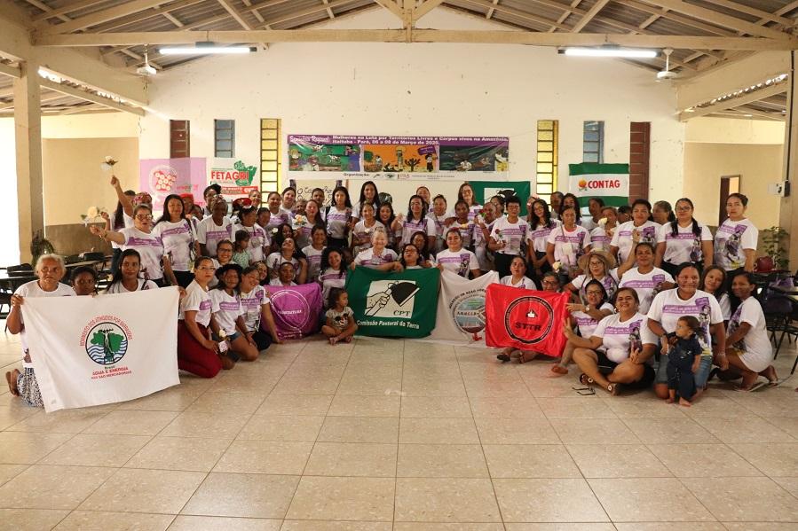 """Seminário regional de Mulheres do Campo e da Cidade teve como tema """"Mulheres da Amazônia na Luta por Territórios Livres e Corpos Vivos"""" / foto: Franciele Petry Schramm / Terra de Direitos"""